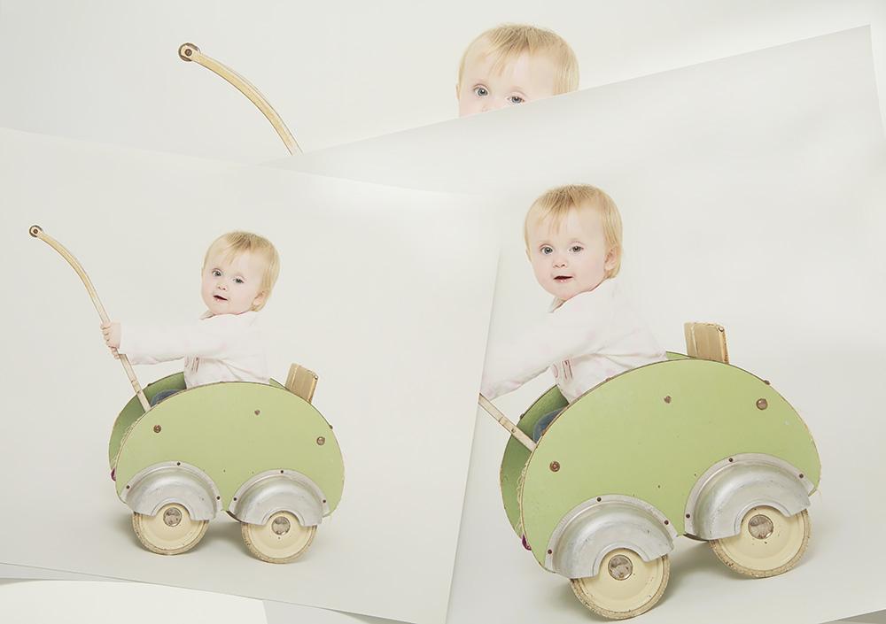 Pappersförstoringar från fotograf Phia Bergdahl