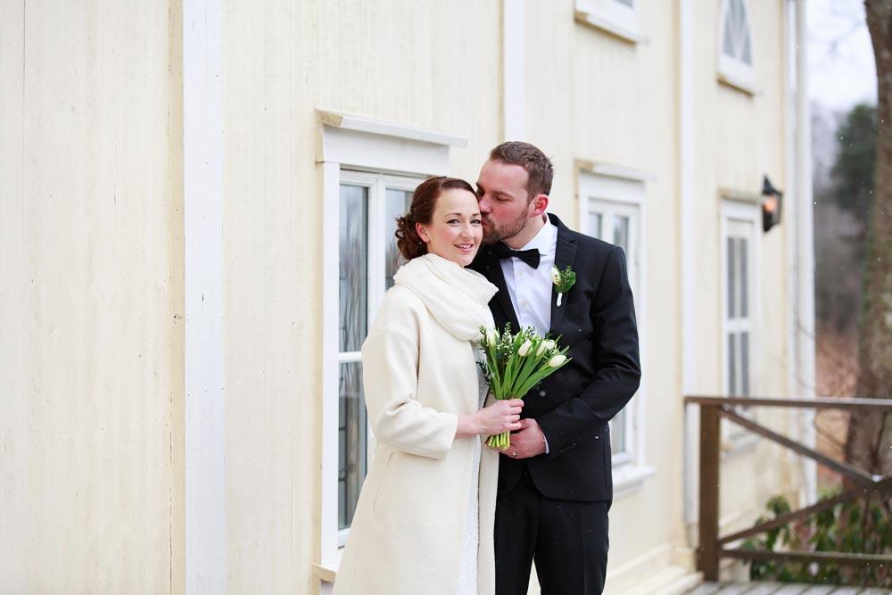 Bröllopsfotografering vid Stallet på Gränsö slott - fotograf Phia Bergdahl, Västervik