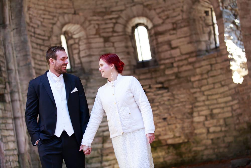 bröllopsfotograf gotland nextweddingworkshop brudpar i ruin