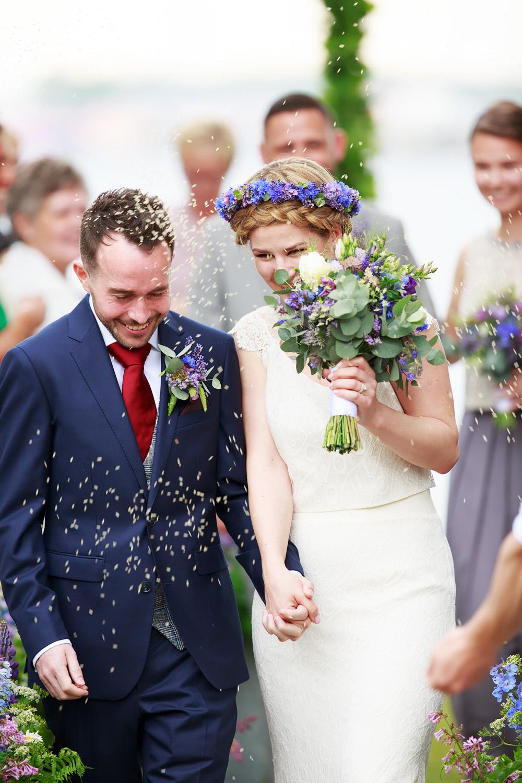 Riskastning på bröllop på Gränsö slott - bröllopsfotograf Phia Bergdahl Västervik