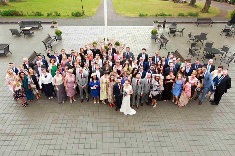 Gästerna på bröllop på Gränsö slott - bröllopsfotograf Phia Bergdahl Västervik